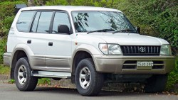 toyota-land-cruiser-prado-90