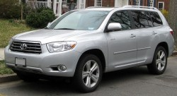 toyota_highlander_limited_--_03-16-2012